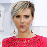 Scarlett with Colored Bangs.